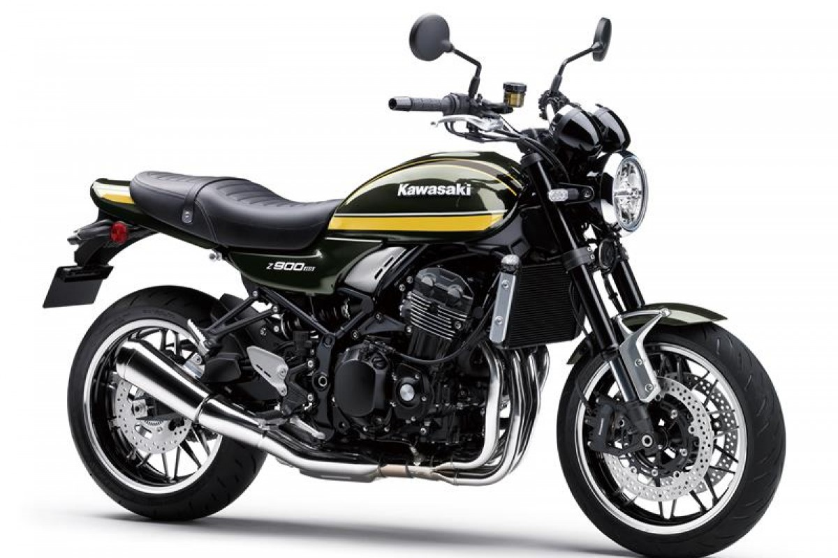 New Metallic Green Z900RS