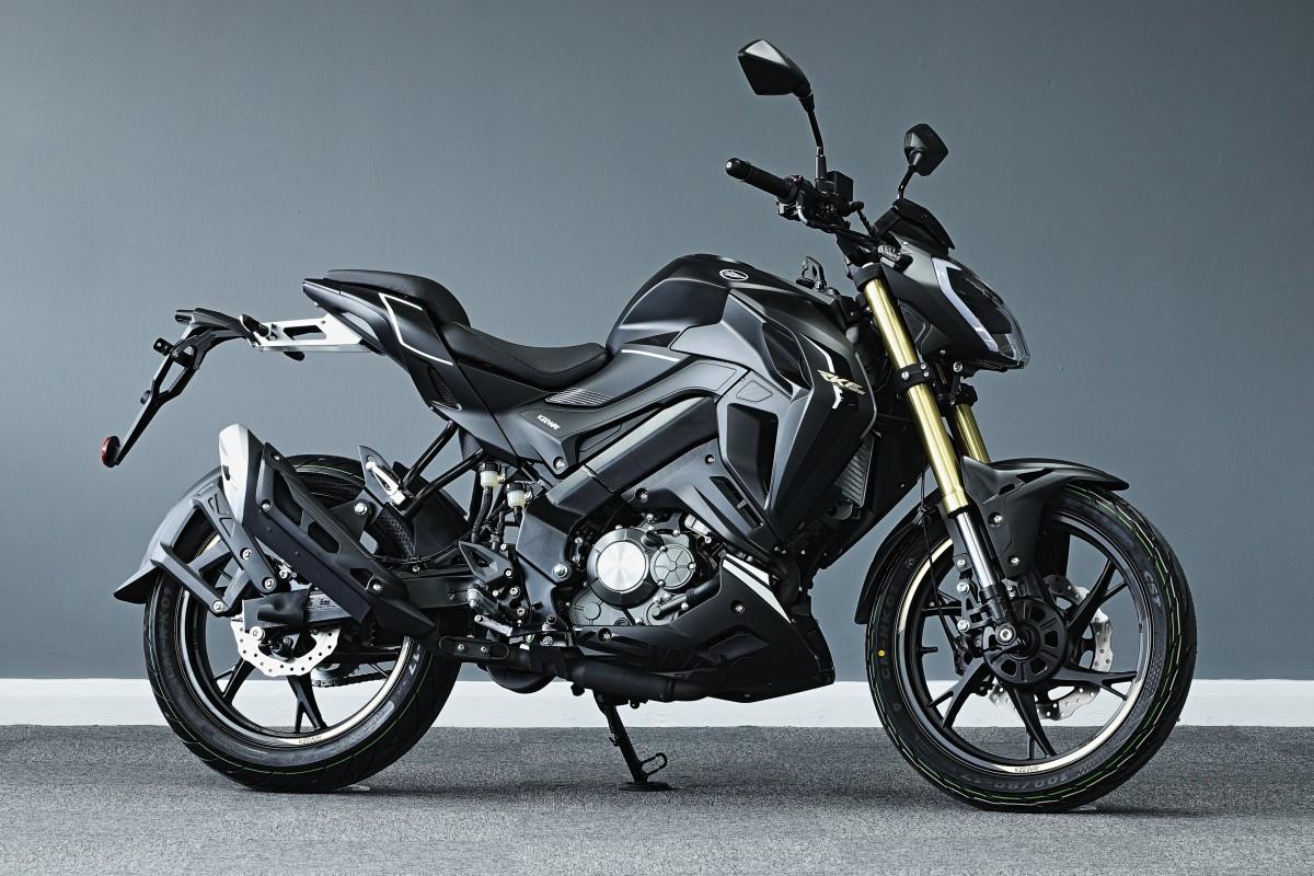 Black RKF 125cc E5