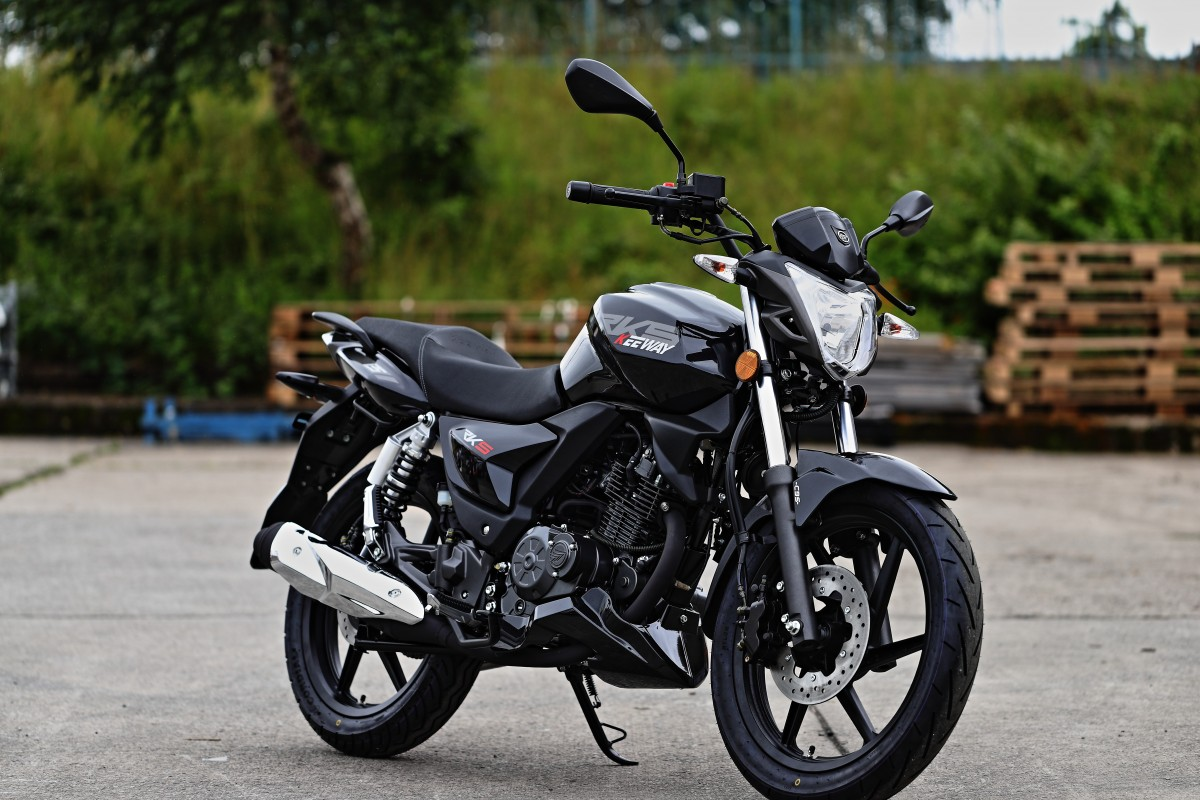 Black RKS 125cc