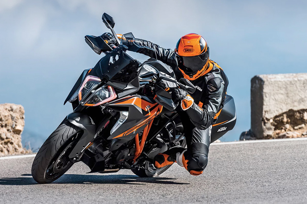 KTM 1290 Super Duke GT 18MY