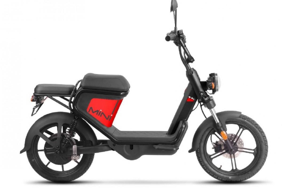 Red Keeway E-Zi Mini