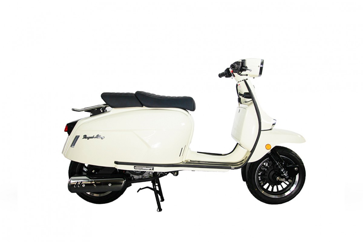 Pearl White Very Low Stock GP 125cc AC