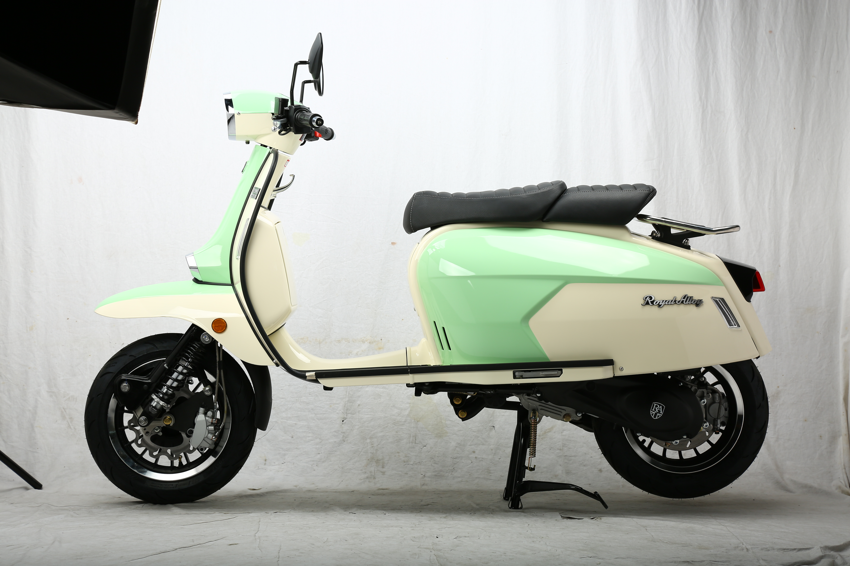 Mint Green on White GP 125 AC CBS E5