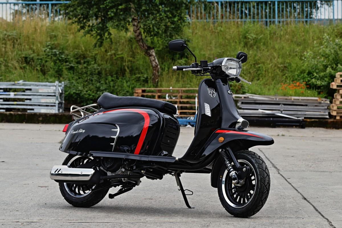 Black GT 125cc CBS