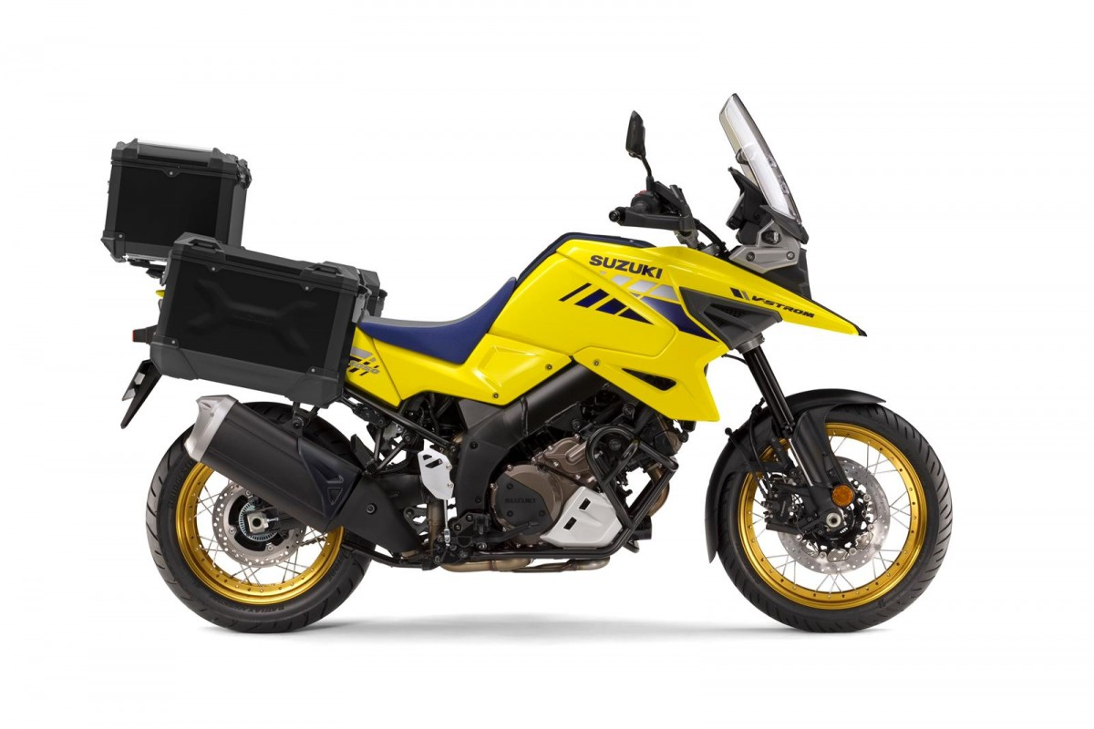 Yellow 2021 V-Strom 1050XT Tour RCM0