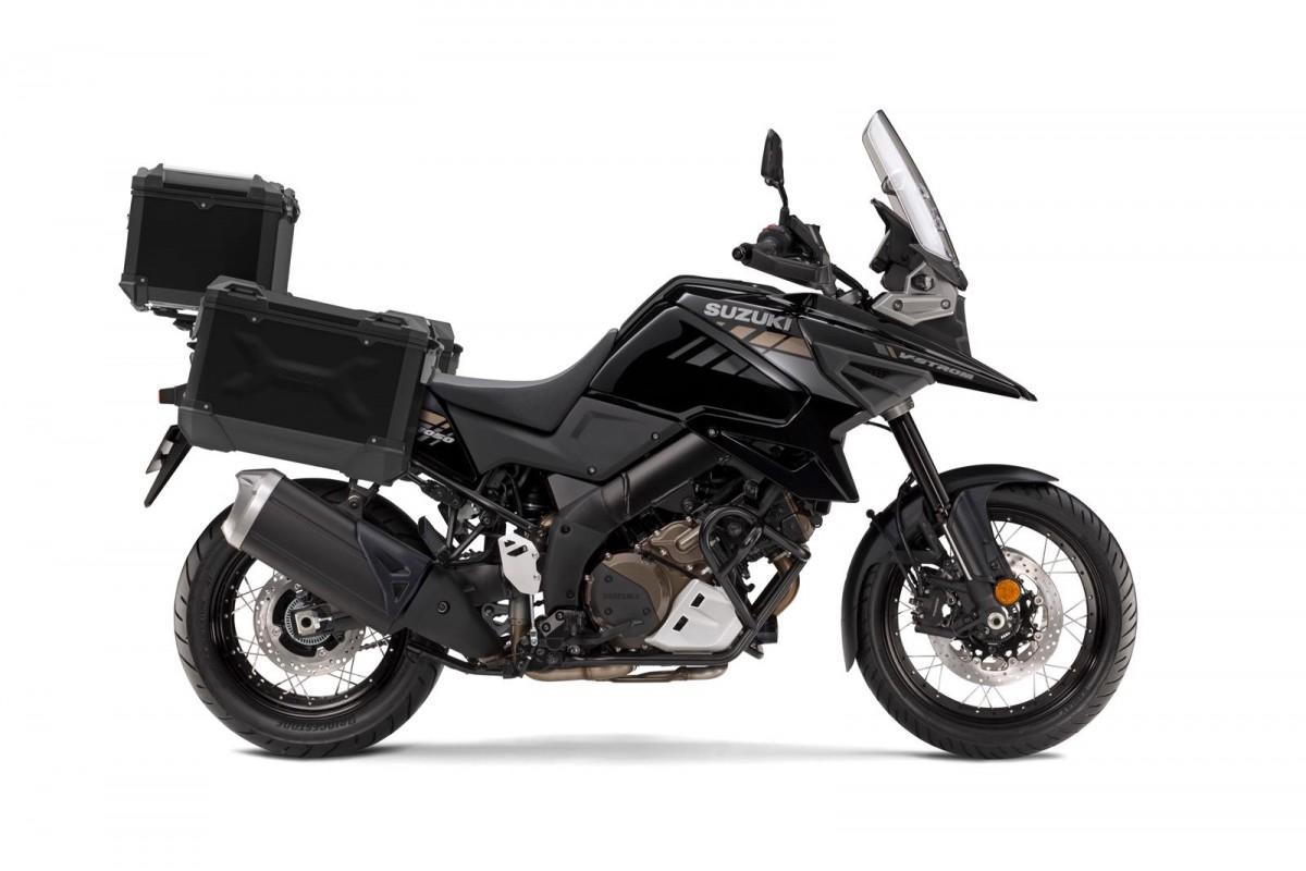 Black 2021 V-Strom 1050XT Tour RCM0