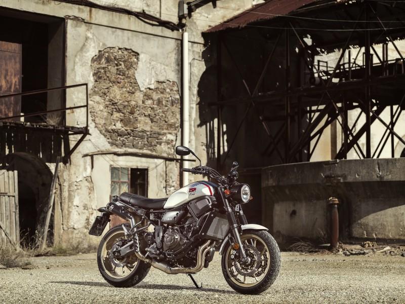 Yamaha XSR700 XTribute 2021