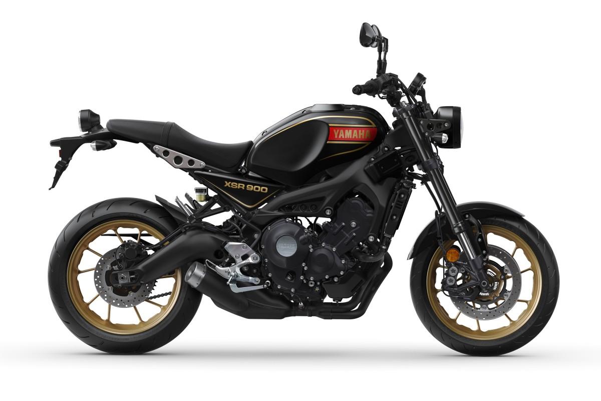 80 Black XSR900 SE