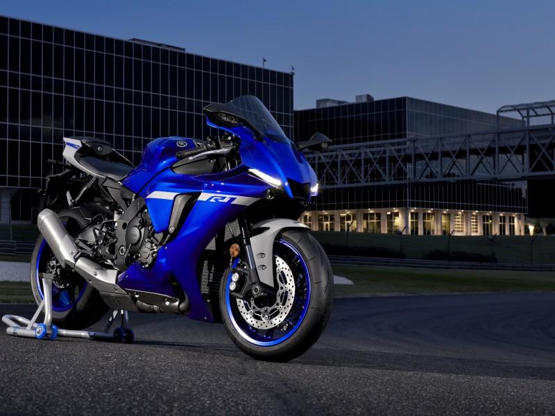 Yamaha YZF-R1 2021