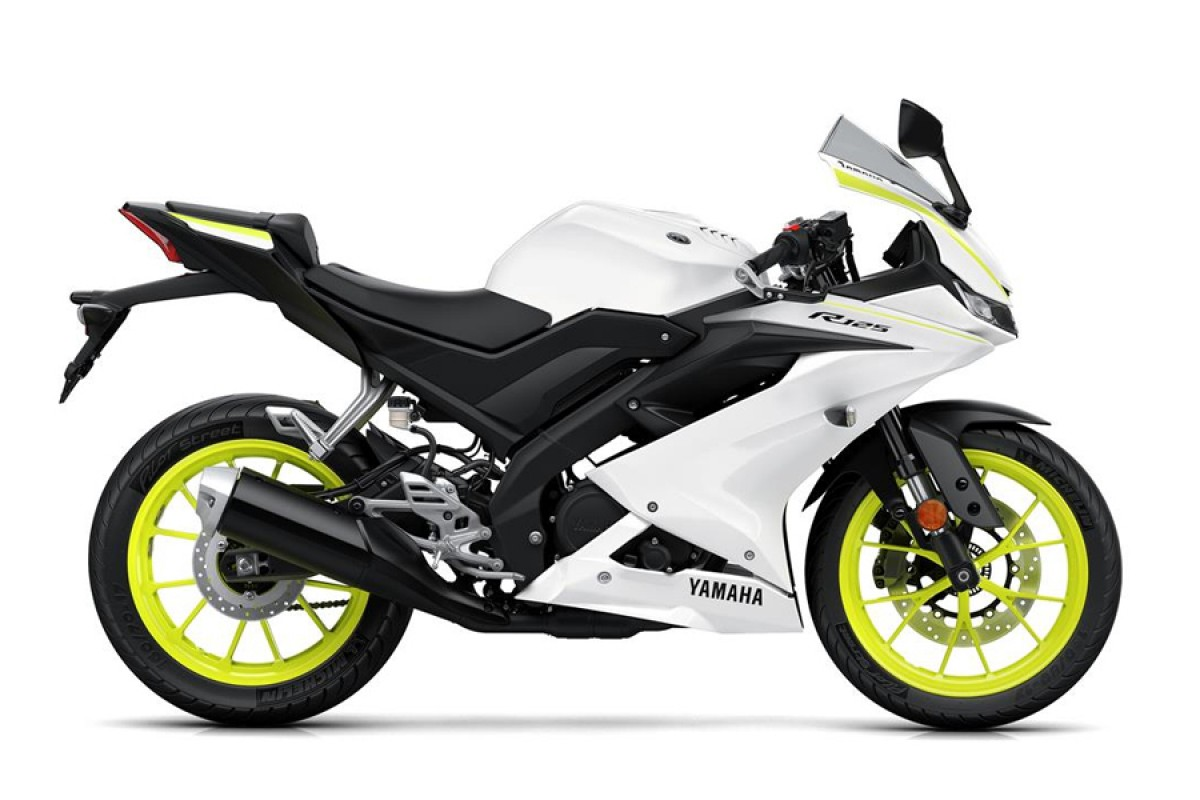 Competition White YZF-R125