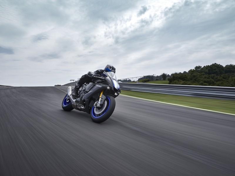 Yamaha YZF-R1M 2021